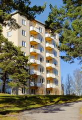 Svenskt höghus med lägenheter