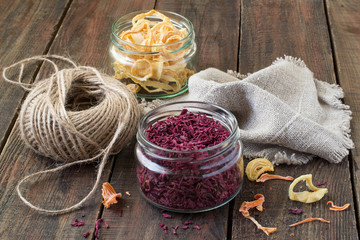 Dried vegetables, twine and linen cloth