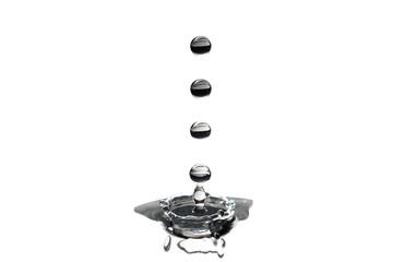 quatro gotas de água a cair sobre fundo branco