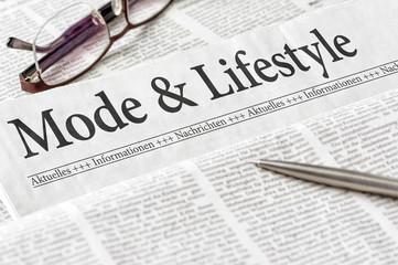 Zeitung mit der Überschrift Mode und Lifestyle