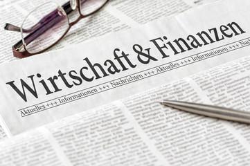 Zeitung mit der Überschrift Wirtschaft und Finanzen