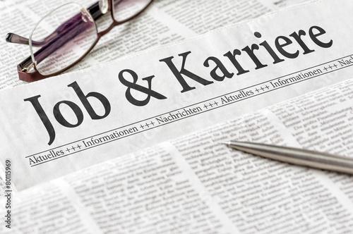 Leinwandbild Motiv Zeitung mit der Überschrift Job und Karriere
