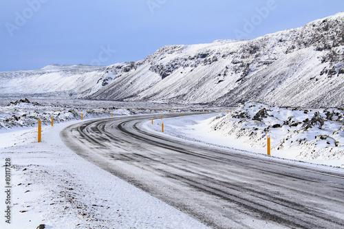 Plexiglas Antarctica Islanda: una strada nella neve
