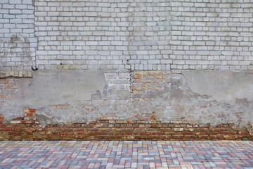 The wall of the old red brick