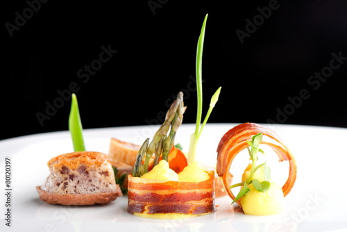 Foto op Canvas Egg Fine dining, Gourmet food ham egg bread