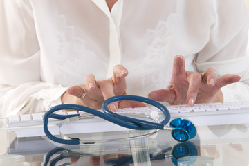 Medecin Femme Informatique