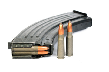 Ak-47 7.62 magazine and Full Metal Jacketed shells