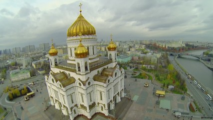 Traffic near Christ the Saviour Cathedral and Kremlin complex