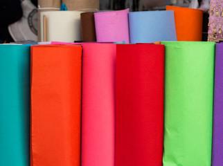 Renkli Kumaşlar