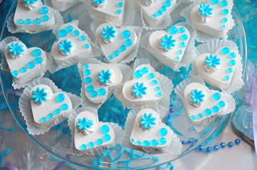 Pastry hearts with blue jelly set