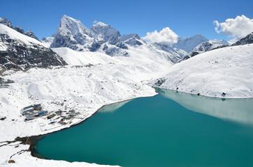 Непал, озеро Гокио