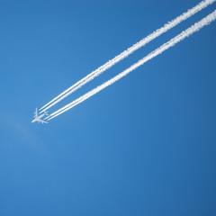 Long trail of jet plane.