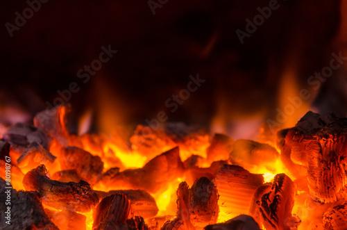 mata magnetyczna Gorące węgle w ogniu