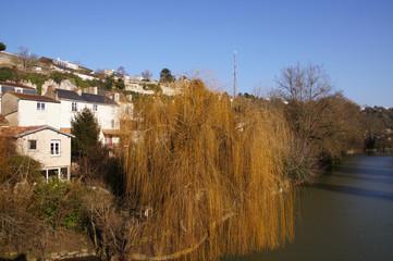 Habitations à Poitiers face au Clain