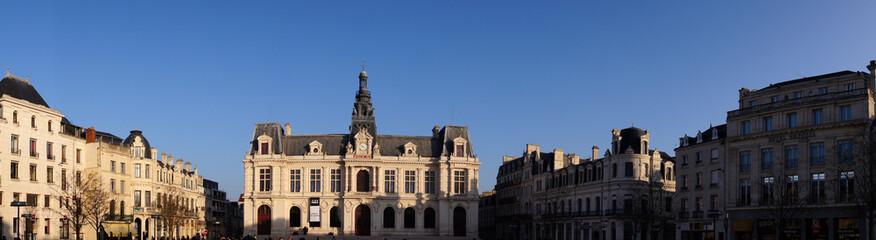 Place d'Armes ou Maréchal-Leclerc de Poitiers