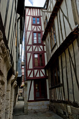 narrowest alley of Rouen