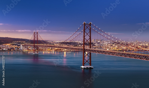 Fotobehang Brug Pont 25 avril Lisbonne Portugal