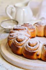 Yeast buns with cinnamon.