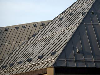 Kirchendach aus Metall