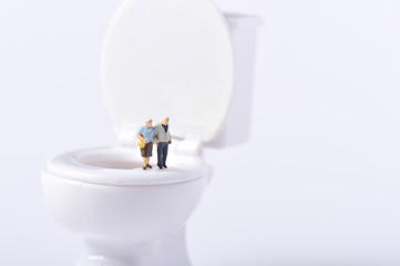 高齢者とトイレ