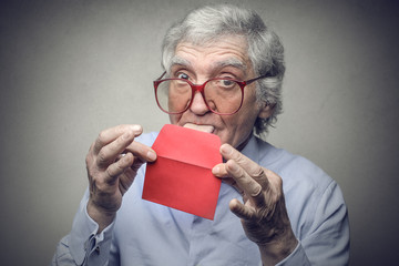 Little red envelope