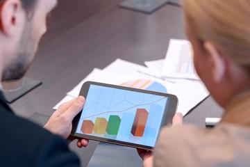 Tablet device depicting diagram