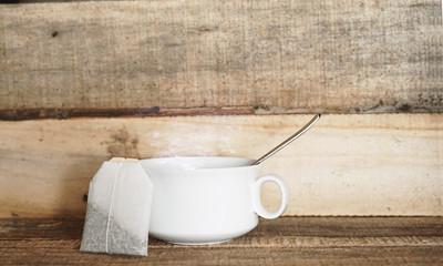 Teetasse und Teebeutel