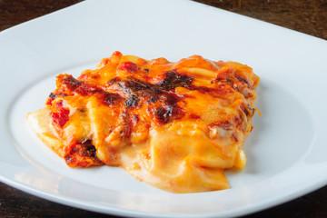Lasagna Al forno, lasagna bolognese, nel piatto