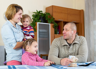 family of four planning budget