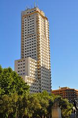 Rascacielos Torre de Madrid, arquitectura española
