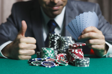 Blackjack In A Casino Man Wins Gets Rich, Shows A Big Like
