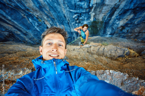 young man on the rock background - 80293758