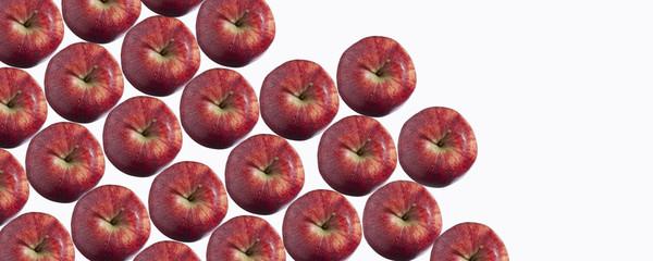Äpfel aufgereiht, Studio