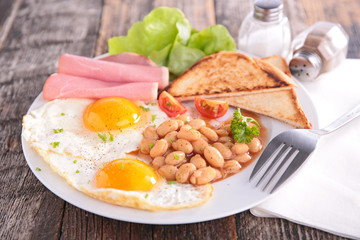 breakfast with egg and beans