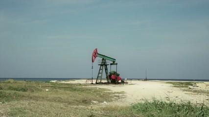 Pozo de petróleo en funcionamiento