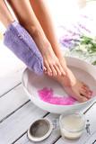Lawendowa kąpiel, peeling stóp