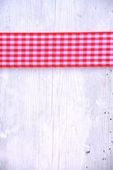 Grußkarte - Karoband rot/weiß