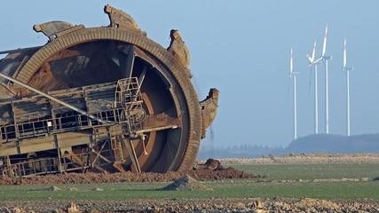 Giant Bucket Wheel Excavator - Opencast mining