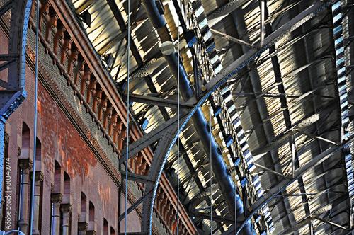 Atrio de la estación Madrid Puerta de Atocha, España - 80340974