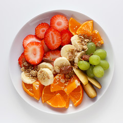 Fresh fruit salad with granola