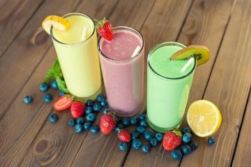 Antioxidant. Fresh milk, strawberry, blueberry and banana drinks