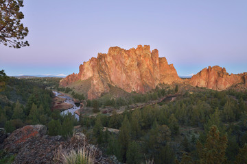 Smith Rock and Crooked River at sunrise
