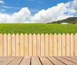 passerelle et palissade bois naturel à la campagne - 80363960