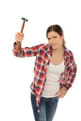Frau mit Hammer