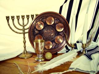 Jewish symbols for the passa celebration
