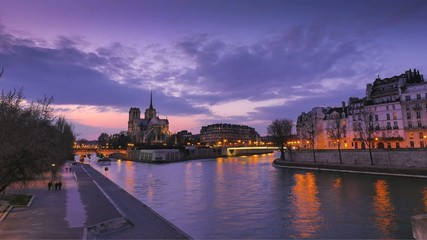 Sunset at Cathedral Notre dame de Paris-Time Lapse
