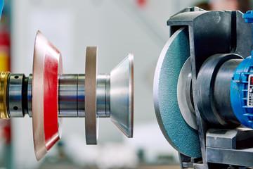 grinding machine tool for sharpening