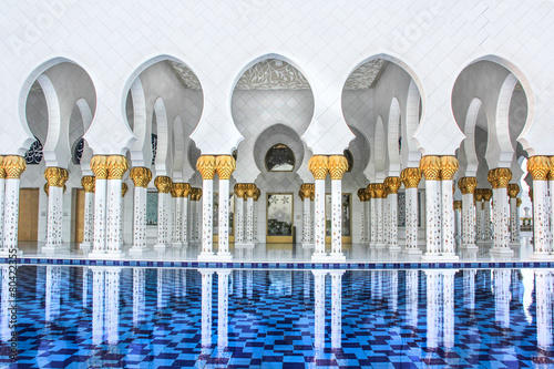 Grand Mosque Abu Dhabi - 80422355