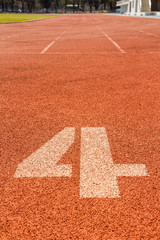 running track number 4