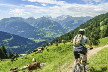 MTB-Tour in idyllischer Bergwelt